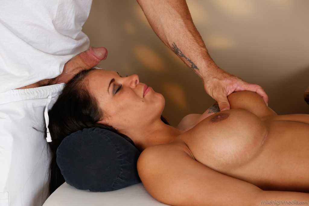 Massage tricked into sex