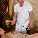 _scarlet-red-tricky-massage-05
